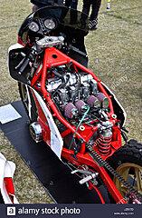 Click image for larger version.  Name:bimota-sb2-motorbike-with-750-suzuki-motor-in-custom-frame-J2517D.jpg Views:21 Size:258.6 KB ID:342299