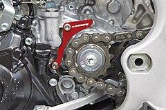 Click image for larger version.  Name:Honda_CRF450_Red_Case_Saver_On_Bike_LR.jpg Views:17 Size:192.0 KB ID:340274