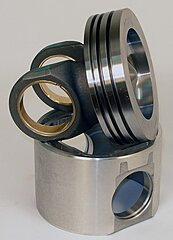 Click image for larger version.  Name:12612521-original-style-2-piece-piston-vs-ipdsteel-1-piece-piston.jpg Views:34 Size:65.8 KB ID:342511