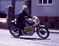 Click image for larger version.  Name:197510R06042 G Ross BSA500a.jpg Views:38 Size:576.6 KB ID:293349