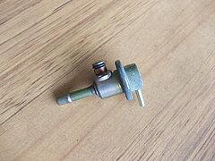 Click image for larger version.  Name:EFI fuel pressure regulator.JPG Views:20 Size:232.7 KB ID:320883