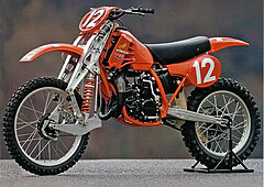 Click image for larger version.  Name:index.php?size=full&src=http%3A%2F%2Fwww.bikeexif.com%2Fwp-content%2Fuploads%2F2009%2F12%2Fhonda.jpg Views:46 Size:44.6 KB ID:313195