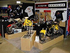 Click image for larger version.  Name:booth2.jpg Views:27 Size:58.9 KB ID:314738